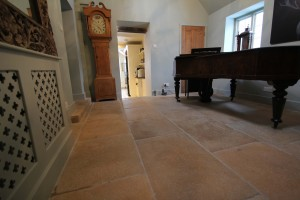 The-Bridge-House-wood-carpet-and-stone-039